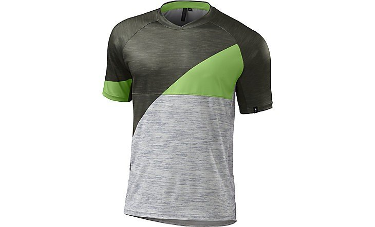 EAN-code: 0888818104222 Product: SHIRT K.M. MAAT XL SPECIALIZED ENDURO COMP OAK GROEN (Part-No: 64116-2715) at cycleXperience.nl