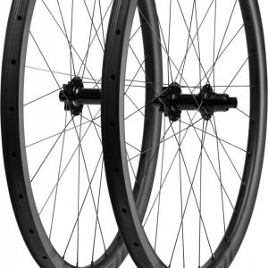 EAN-code: 0888818391905 Brand: SPECIALIZED Product: WIELSET 29ER CONTROL CARBON BOOST ZWART (Part-No: 30118-2509) at cycleXperience.nl