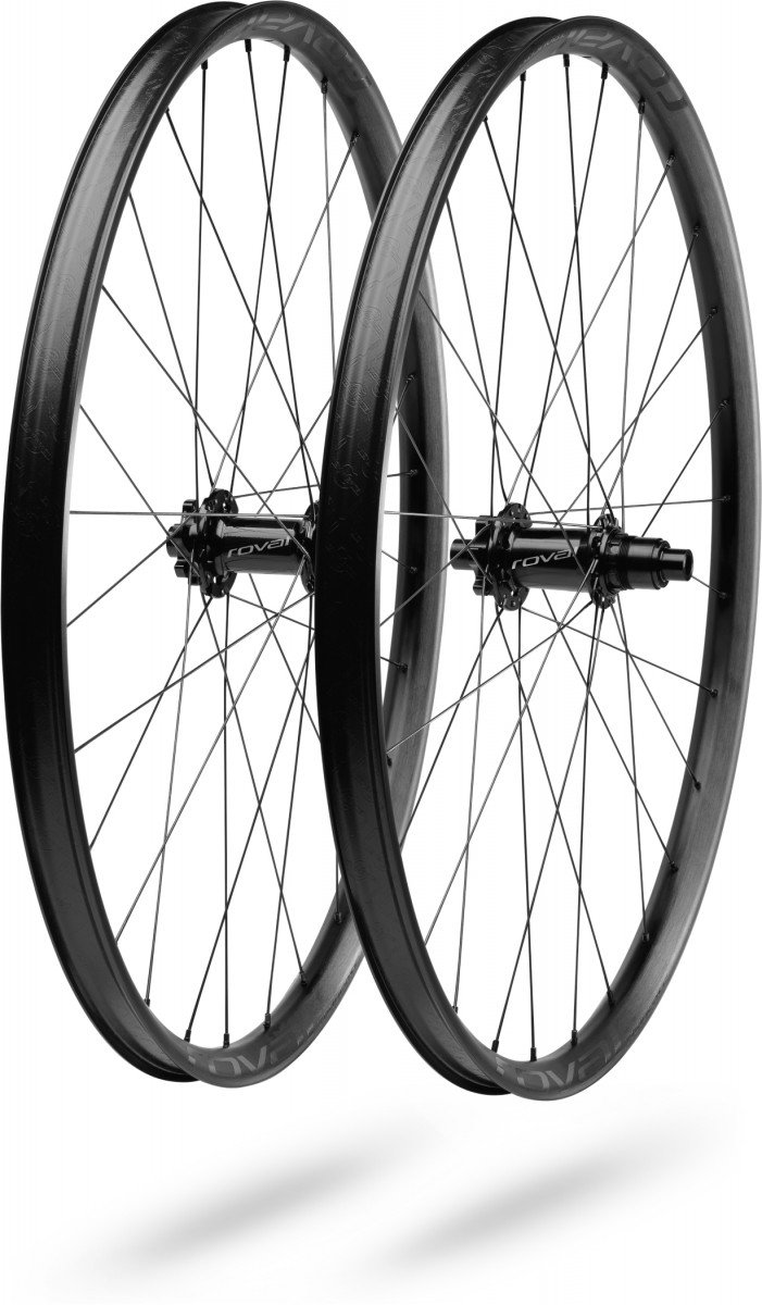 EAN-code: 0888818405817 Brand: SPECIALIZED Product: WIELSET TRAVERSE 29 BOOST ZWART (Part-No: 30119-8300) at cycleXperience.nl