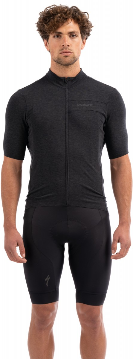 EAN-code: 0888818481644 Brand: SPECIALIZED Product: SHIRT K.M. MAAT XXL RBX MERINO ZWART (Part-No: 64119-3906) at cycleXperience.nl