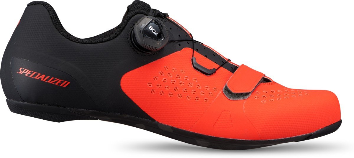 EAN-code: 0888818573288 Brand: SPECIALIZED Product: SCHOENEN RACE MAAT 44 ROCKET RED/BLACK (Part-No: 61020-3144) at cycleXperience.nl