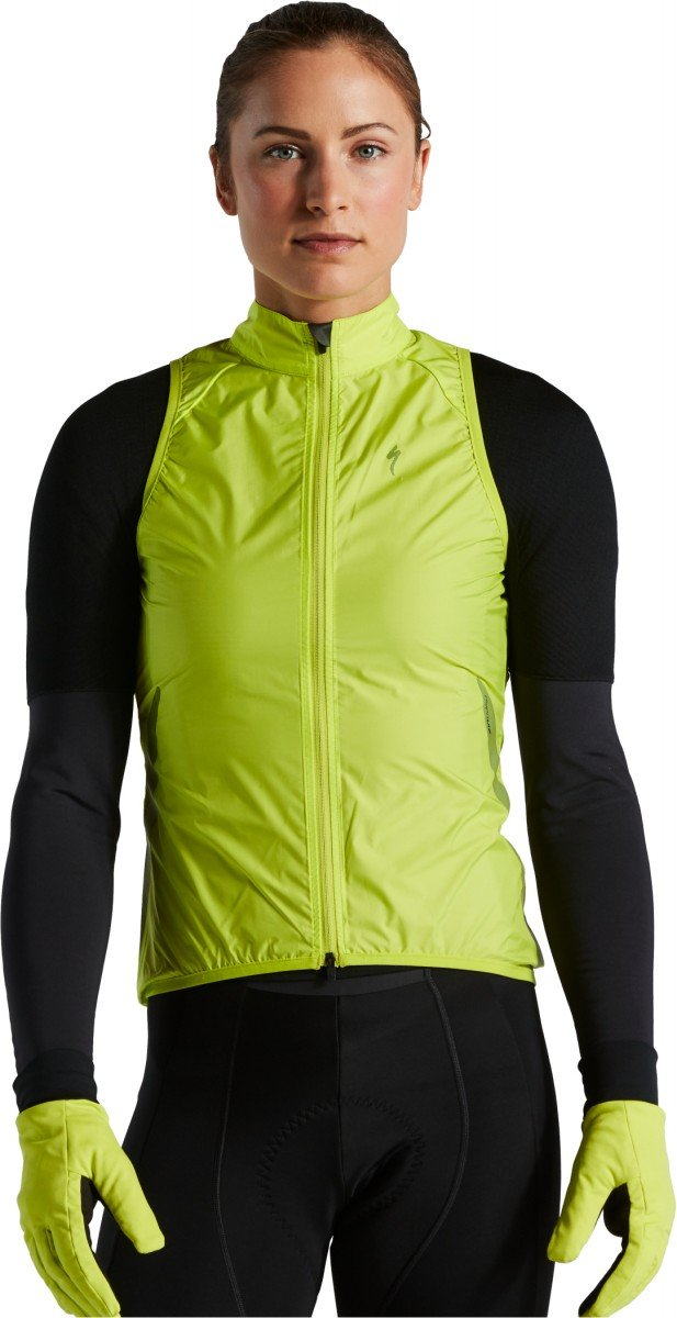 EAN-code: 0888818656127 Brand: SPECIALIZED Product: RACE-SERIES WIND GILET WMN HYPERVIZ XL (Part-No: 64421-2305) at cycleXperience.nl