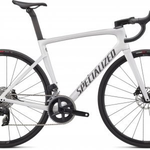EAN-code: 0888818757107 Product: SPECIALIZED TARMAC SL7 COMP - RIVAL ETAP AXS, GLOSS METALLIC WHITE SILVER / SMOKE (Part-No: 90622-5152) at cycleXperience.nl