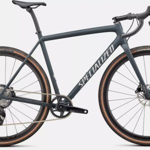 EAN-code: 0888818770717 Product: SPECIALIZED CRUX EXPERT, SATIN FOREST/LIGHT SILVER (Part-No: 91422-3154) at cycleXperience.nl