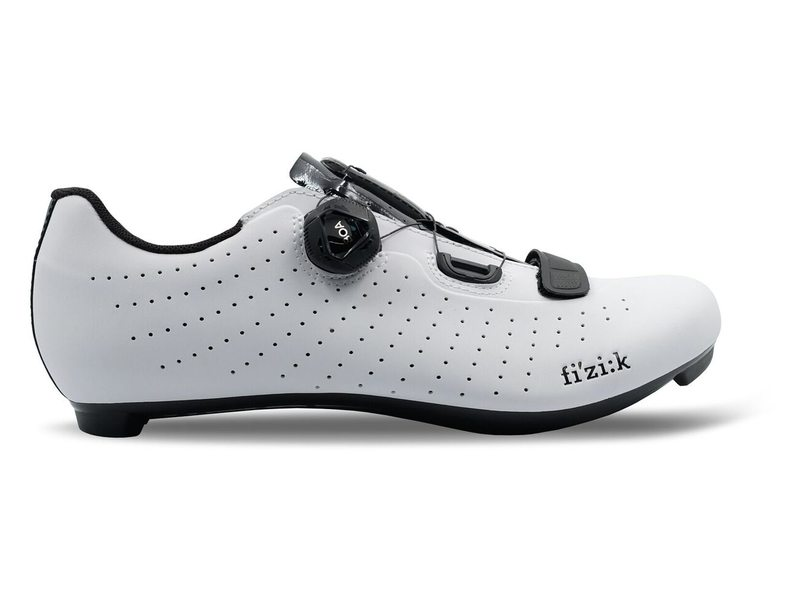 EAN-code: 2181002789846 Brand: FIZIK Product: SCHOENEN RACE TEMPO R5 OVERCURVE WIT/ZWART at cycleXperience.nl