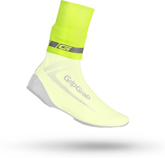 EAN-code: 2181002937667 Brand: GRIPGRAB Product: OVERSOK CYCLINGAITER RAINY WEATHER HI-VIS FLUO GEEL at cycleXperience.nl