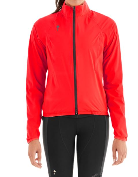 EAN-code: 2181003045507 Brand: SPECIALIZED Product: REGENJAS DEFLECT H20 PAC DAMES ROOD at cycleXperience.nl