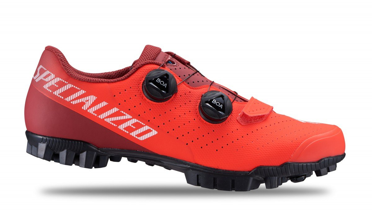 EAN-code: 2181003328969 Brand: SPECIALIZED Product: SCHOENEN MTB RECON 3.0 ROCKET RED at cycleXperience.nl