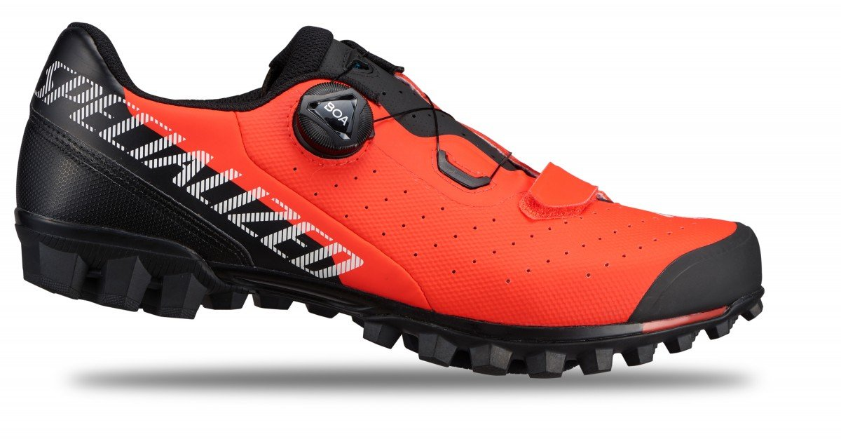 EAN-code: 2181003329881 Brand: SPECIALIZED Product: SCHOENEN MTB RECON 2.0 ROCKET RED at cycleXperience.nl