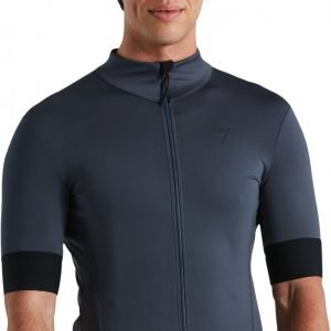 EAN-code: 2181004014809 Brand: SPECIALIZED Product: SHIRT K.M. SL ELITE RACE ANTHRACITE at cycleXperience.nl