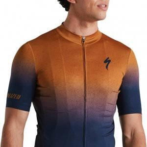 EAN-code: 2181004015103 Brand: SPECIALIZED Product: SHIRT K.M. ROUBAIX COMP NAVY/TOBACCO at cycleXperience.nl