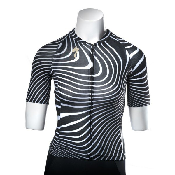 EAN-code: 2181004025805 Brand: SPECIALIZED Product: SHIRT K.M. SL AIR DAMES ZWART/WIT at cycleXperience.nl