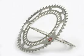 EAN-code: 2192302947614 Brand: ROTOR Product: KETTINGBLAD 48/130 Q-RINGS ZILVER BUITENBLAD at cycleXperience.nl