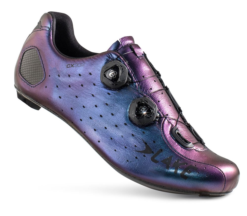 EAN-code: 8718568090839 Brand: LAKE Product: SCHOENEN RACE MAAT 46 CX332 CHAMELEON BLUE (Part-No: 720485) at cycleXperience.nl