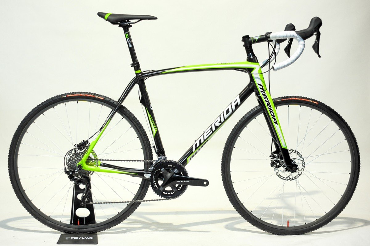 EAN-code: F.18884 Product: MERIDA CYCLOCROSS CARBON TEAM DISC 105, TEAM GREEN at cycleXperience.nl